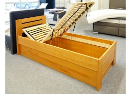 Zvýšená postel s úložným prostorem Rita, 90x200, masiv buk, olše, VÝPRODEJ Z EXPOZICE