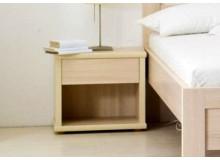 Noční stolek L20