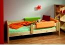 Zvýšená čalouněná postel s úložným prostorem Leontýna