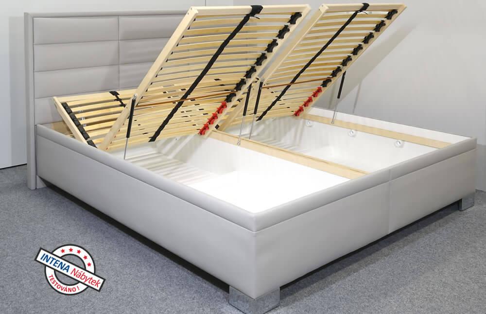 Detail hlavového čelaboku postele Casiopea