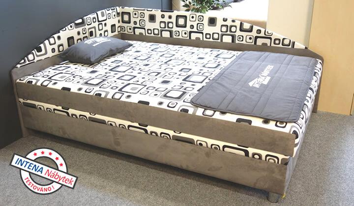 Test čalouněné postele Alexa